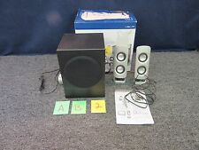 INSIGNIA 2.1 POWERED COMPUTER SPEAKERS 27 WATTS DESK CONTROL SILVER NS-PSD5321