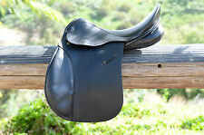 "GFS All Purpose Black Leather Saddle 17"" Medium"