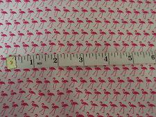 La mitad de un patio Rosa Flamencos Tela 44 pulgadas de ancho