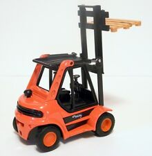 "Welly Fork Lift Truck w / pallet  1:24 scale ? 5 1/2"" length # O"