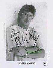 ROGER WATERS - PINK FLOYD - SIGNED 10X8 PHOTO, GREAT STUDIO IMAGE,