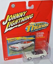 Chevy Thunder - 1969 CHEVY CAMARO RS/SS convert. - white - 1:64 Johnny Lightning