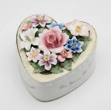 "FINE PORCELAIN FRIEND HEART SHAPE ""THAT'S WHAT FRIENDS ARE FOR"" MUSIC BOX"