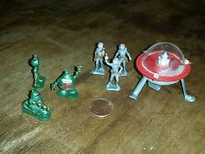 LP Toys-HONG KONG-Mini Spacemen, Aliens and Flying Saucer Lot