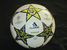 BALLON BALL UEFA CHAMPIONS LEAGUE FINALE CAPITANO MATCHBALL REPLICA 2012 ? FINAL