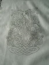 to Embroider Table Runner Celtic tree of life cotton CSOO17