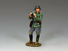 WH040 Officer with Binos by King & Country