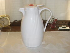 5 CUP WHITE PLASTIC CARAFE – HOT OR COLD