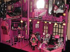 """Monster High castillo barbie """"única"""" tenebroso escalofriante LED villa Draculaura"""