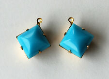 VINTAGE 2 SMOOTH GLASS BEAD PENDANTS DROPS DANGLES SQUARE 12mm TURQUOISE BLUE