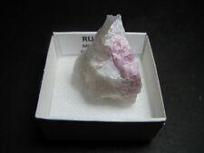 RUBELITA - Rubellite - Alvarroes, Guarda - CAJITA - PORTUGUESE MINERAL BOX 4x4cm