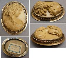 Broche camée pierre de lave  Bijou ancien 19e siècle lava cameo