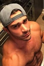 Shirtless Muscular Male Hairy Chest Hunk Looking Up Dude PHOTO 4X6 C2168