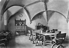 B97725 castello di issogne sala da pranzo valle d aosta italy   real photo