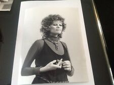 CLAUDIA CARDINALE.   PHOTO ORIGINALE EXCLUSIVE 24x18