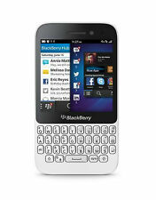 """Deal 10: New Imported Blackberry Q5 8GB 2GB 3.1"""" 5MP 2MP White"""