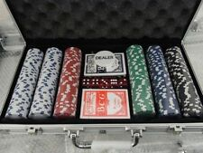 300 PIECE POKER SET IN METAL CARRY CASE ,CHIPS,DICE AND CARDS COMPLETE SET TY322
