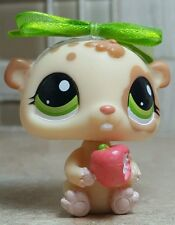 2010 Hasbro Littlest Pet Shop LPS Tan Brown Hamster with Apple #1888