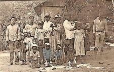 MARTINIQUE ?? CARTE POSTALE GROUPE DE FAMILLE