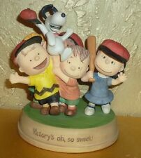 """Hallmark Peanuts Gallery """"Victorys 'oh, so sweet"""" 2011 Snoopy Charlie Lucy Gang"""