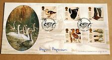 WILDFOWL & WETLANDS TRUST 1996 BRADBURY FDC SIGNED TV PRESENTER MAGNUS MAGNUSSON