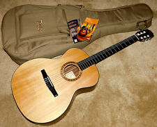 Taylor NS24e Grand Auditorium Nylon String Acoustic-Electric Guitar*2009*