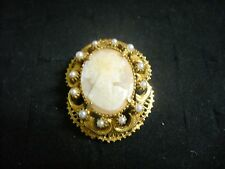 Vintage Florenza Goldtone Metal Filagree Oval Carved Shell Cameo Brooch Pin
