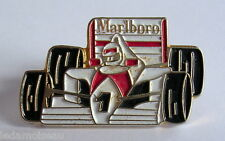 Insigne PIN'S sport automobile FORMULE 1, Marlboro, voir photo.