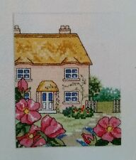 """summer country cottage & fleurs's cross stitch chart par joanne sanderson (K14)"