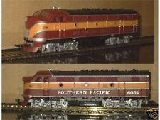 HO SCALE TRAINS MODEL POWER F2 SOUTHERN PACIFIC DAYLIGHT LOCO