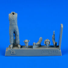 Aerobonus 480144 1/48 Resin US Army Helicopter Pilot - Vietnam War 1960 - 1975