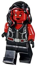 LEGO 76078 Marvel Super Heroes Red She-Hulk Minifigure