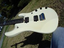 Music Man John Petrucci JP6 Fully Loaded White with BFR Korina Neck Piezo