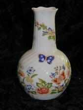 """Pretty Bone China Posy Vase AYNSLEY """"COTTAGE GARDEN"""" Fluted Sides"""