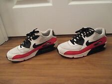 Used Worn Size 10 Nike Air Max 90 Essential Shoes White Black Red