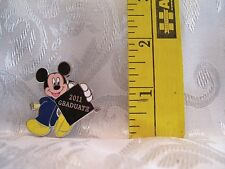 Walt Disney MICKEY MOUSE 2011 GRADUATE LE 1000 TRADING COLLECTOR Hat Lapel Pin