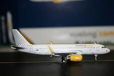 Gemini Jets 1:400 Vueling Airlines Airbus A320-200 EC-MEL (GJVLG1491)