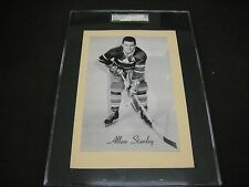 RARE 1945-64 BEEHIVE GROUP 2 LEAFS ALLAN STANLEY YELLOW  BACKGROUND SGC GRADE