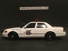 Indiana State Police 1:24 Replica Ford Crown Victoria Police Car