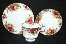 Royal Albert - Old Country Roses - Trio (Teacup, Saucer, Side Plate) - 1st/vgc