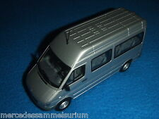 Mercedes Benz Sprinter I W 903 2004 Mini bus/CrewBus Brilliant silver 1:43 /New