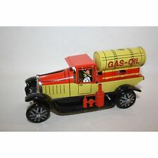 PAYA GAS-OIL DELIVERY TRUCK WIND UP TIN TOY MINT LIMITED EDITION RARE