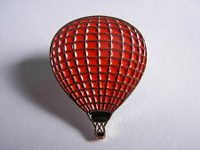 Hot air balloon pin badge.Red coloured balloon. New Item