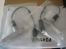 VZ HOLDEN COMMODORE SS & HSV GUARD FLUTE INDICATORS PAIR NEW GENUINE