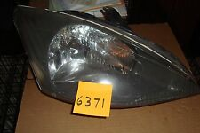 2003 FORD FOCUS RIGHT  HEADLIGHT