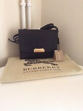 BURBERRY Borsa laterale in pelle nera