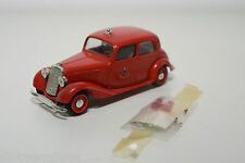 VITESSE MERCEDES BENZ 170V 170 V PORTO FIRE CAR NEAR MINT CONDITION
