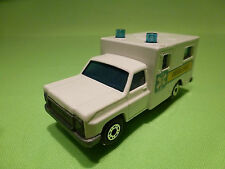 MATCHBOX 41 AMERICAN SUV - AMBULANCE 1:60? - RARE SELTEN - GOOD CONDITION