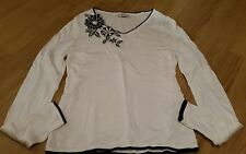 LADIES WHITE TOP WITH  NAVY BLUE FLOWERS. SIZE 12. KALEIDOSCOPE.  RAMIE