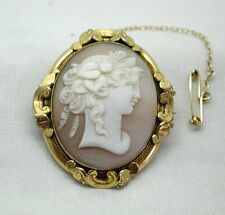 Fabulous Mid Victorian  Gold Pinchbeck And Carved Cameo Brooch
